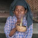 1656-Bagan smoking