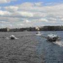 Schnellboote auf der Newa